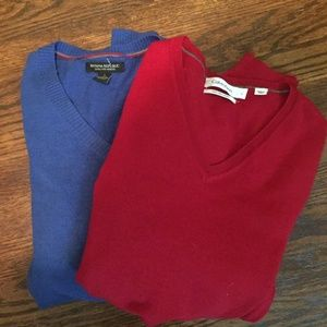 SWEATER BUNDLE 2 FOR $26 Sweater size L!!